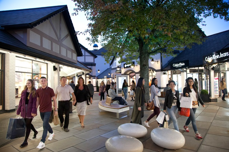 Cheshire Oaks to host autism friendly shopping evenings
